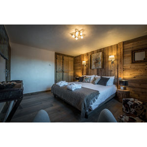 Family suite 'Les Jockeys' room one